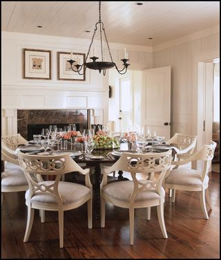 Round Robin - Dining Style - Made By Hickory Chair
