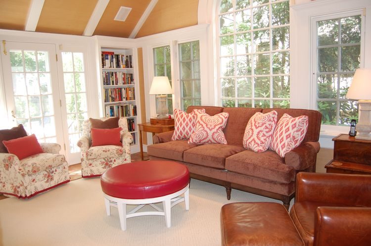Pearson Contest Bronville Family room a